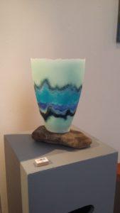Maso II - Pate de verre - vaas op maaskei